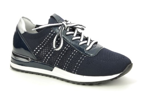 women fashion sporty style shoes